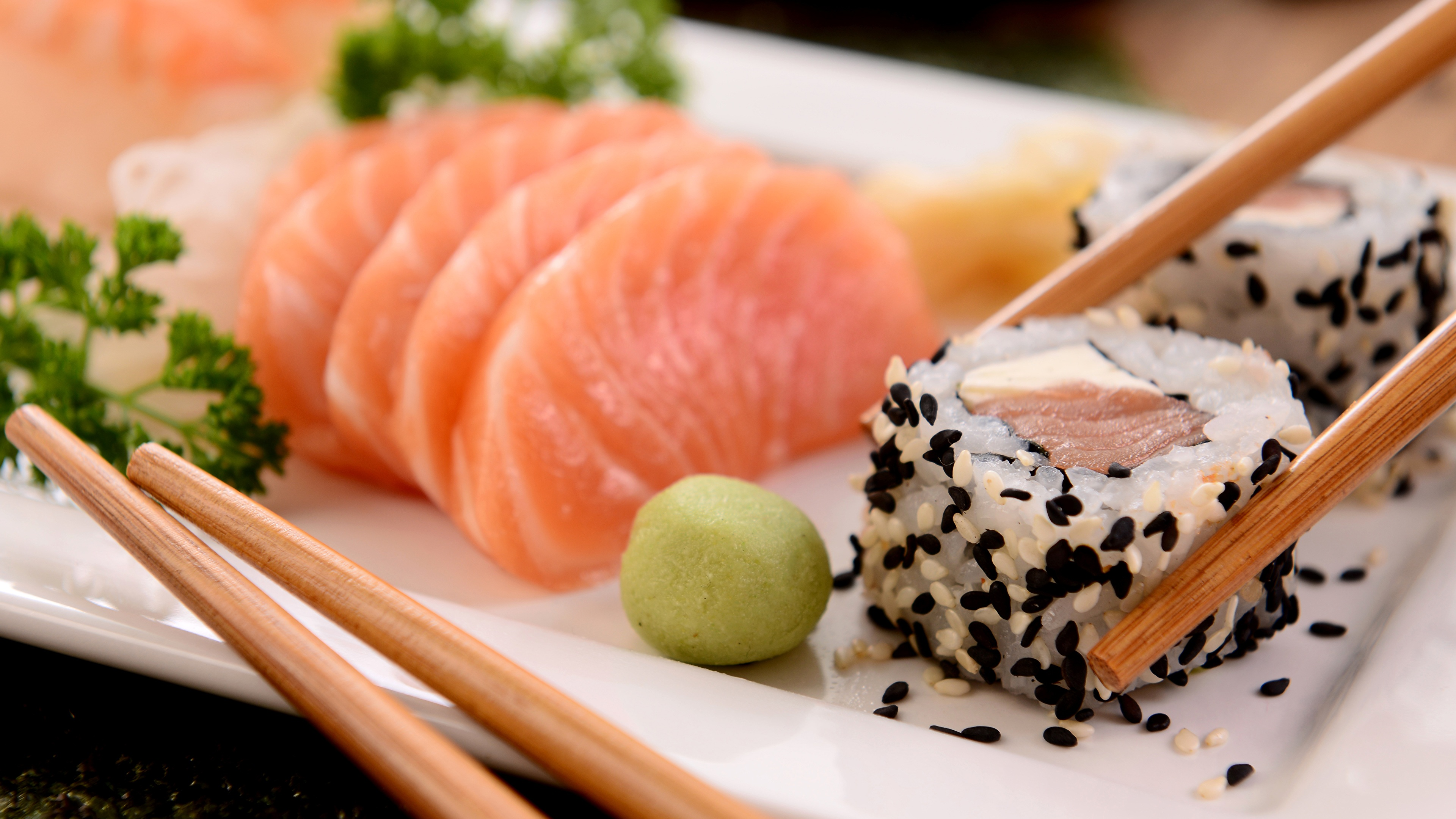 Sushi_schwarzer_Sesam_Jalda-eu